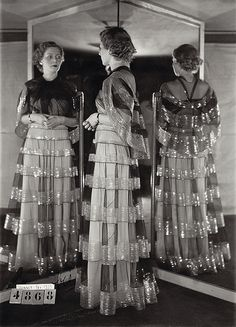 Today we are celebrating and remembering a Tabulous Tastemaker, born exactly 140 years ago today, French fashion designer Madeleine Vionnet. Vionnet was bor Madeleine Vionnet, 1930s Fashion, Art Deco Fashion, Vintage Fashion, Fashion Goth, Edwardian Fashion, Ladies Fashion, Vintage Outfits, Vintage Gowns