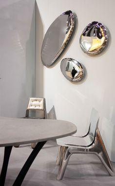Zieta's exhibition at ICFF 2018 in NYC.  #zieta #zietaprozessdesign #design #icff #nyc #icffnyc #icff2018 #exhibition #interiordesign #rondo #mirror #tafla #jchair #plopp #gtable #gconsole