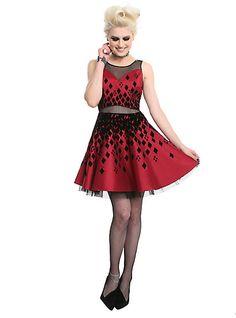 DC Comics Harley Quinn Formal DressDC Comics Harley Quinn Formal Dress, Neo Grunge, Grunge Style, Soft Grunge, Harley Quinn Costume Plus Size, Joker And Harley Quinn, Ivy Fashion, Fashion 90s, Grunge Outfits, Casual Outfits
