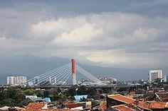 Bandung - Wikipedia, the free encyclopedia Paris City, London City, City Wallpaper, Wall Wallpaper, Bandung City, Jakarta City, Fake People, Old Building, Golden Gate Bridge