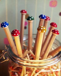 how to make toadstool pencils what great little xmas presents these would make for my kids friends