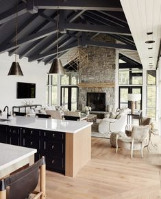Love the attention to detail in this beautiful lakeside cottage designed by The dark ceiling & beam work is… Style At Home, Dark Ceiling, Living Room Vaulted Ceiling, Kitchen With Vaulted Ceiling, Vaulted Ceilings, Ceiling Panels, Lakeside Cottage, Wide Plank Flooring, Cottage Design