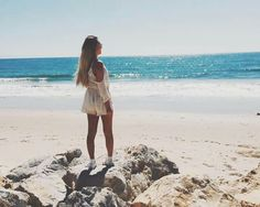 Dagibee #beach Youtuber, Youtube Stars, Venice Beach, Cover Up, German, Holidays, Pictures, La Mode, Role Models