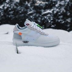- Nike x Off White restock 12/19? By @jamiepaige Click the link in our bio to shop. Make sure to follow @getswooshed.