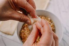 Coconut Peanut Mochi (Nuo Mi Ci - 糯米糍) - The Woks of Life Filipino Desserts, Asian Desserts, Filipino Recipes, Asian Recipes, Chinese Desserts, Filipino Food, Chinese Recipes, Chinese Food, Rice Desserts