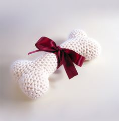 Crochet Dog Bone: free pattern download with sign-up.