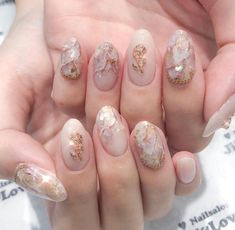 Semi-permanent varnish, false nails, patches: which manicure to choose? - My Nails Nail Manicure, Pedicure, Cute Nails, Pretty Nails, Nail Art Designs, Design Art, Uñas Fashion, Fashion Outfits, Japanese Nails