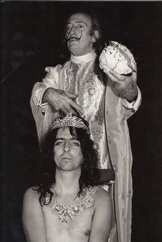 odd couples in history ~ Alice Cooper and Salvador Dalí