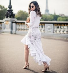 camila-coutinho-blogueira-street-style-paris-look-monocromatico