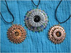 DIY Wire Wrapped Washer Necklaces with Seed Beads Tutorial Wire Wrapped Jewelry, Wire Jewelry, Beaded Jewelry, Jewlery, Jewelry Shop, Bullet Jewelry, Beaded Necklaces, Leather Jewelry, Jewelry Findings