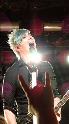 Hey I'm Josh Ramsay! Phoebe Dykstra is my best friend. I'm the lead singer for a very famous band called Marianas trench. Come say hi! Marianas Trench Band, Josh Ramsay, Anthony Edwards, Face The Music, Married With Children, My Best Friend, Best Friends, Famous Singers, My Chemical Romance