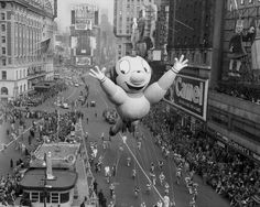 Thanksgiving Day Parade, 1924 via reddit - Historical Times