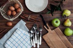 #cooking #table #plate #food #spoon #apple