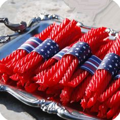 Celebrate the 4th of July with these fun and festive ideas - patriotic favors, sweets & treats!