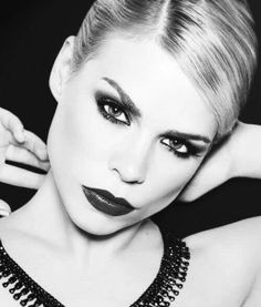Billie Piper looking gorgeous.