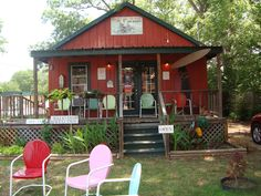 Beauty and the Bookstore in Jefferson, Texas