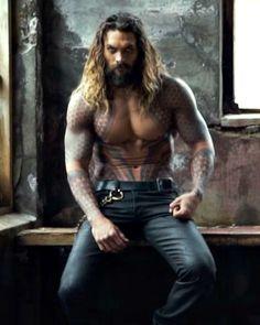 Jason Momoa as Aquaman in His Short Film Jason Momoa Aquaman, Gorgeous Men, Beautiful People, Beautiful Men Bodies, Good Looking Men, Justice League, Hot Guys, Hot Men, Eye Candy