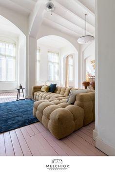 Art Deco Living Room, Decor Home Living Room, Living Room Sofa, Home And Living, Living Spaces, Bedroom Decor, Home Room Design, Interior Design Living Room, Modern Interior Design