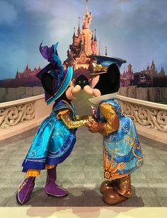 Disney Princesses And Princes, Disney Princess Art, Disney Fan Art, Disney Love, Disney Magic, Disney Mickey, Mickey Mouse, Mickey Ears, Vintage Disneyland