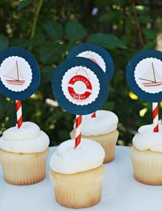 Simple cupcake toppers . . . nautical theme.