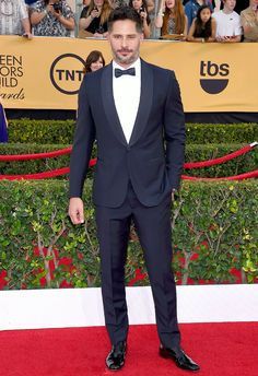 Joe Manganiello slipped into a made-to-measure Ermenegildo Zegna tuxedo to accompany his fiancee, Sofia Vergara, to the SAG Awards.