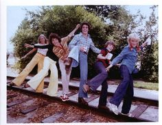 The Brady Bunch... 70s Tv Shows, Movies And Tv Shows, Eve Plumb, Robert Reed, Dylan And Cole, Childhood Tv Shows, The Brady Bunch, Carol Ann, Three Boys