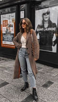 Fall Street Style Outfits to Inspire Herbst Streetstyle Mode / Fashion Week Week Street Style Outfits, Look Street Style, Autumn Street Style, Mode Outfits, Casual Outfits, Classy Street Style, Outfits 2016, Street Outfit, Street Style Fashion 2018