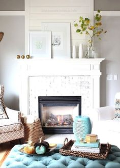 Small Living Room with Fireplace . 35 Beautiful Small Living Room with Fireplace . Small Living Room Ideas Decorating Tips to Make A Room Feel Bigger Designing Idea Fall Fireplace, Simple Fireplace, Living Room With Fireplace, Fireplace Design, Fireplace Ideas, Wood Fireplace, Fireplace Modern, Fireplace Furniture, Fire Place Mantel Ideas