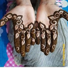 65 Fresh and Latest mehndi designs to try in 2020 Henna Tattoo Designs Simple, Rose Mehndi Designs, Finger Henna Designs, Henna Art Designs, Mehndi Designs For Beginners, Modern Mehndi Designs, Mehndi Designs For Girls, Wedding Mehndi Designs, Mehndi Designs For Fingers