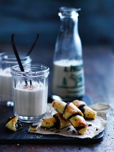 Vanilla milk and crescents | POPPY & VANILLA | Creative-Direction & Styling : Sabine Schmitz | Photographer: Ben Dearnley | Recipes & Food-styling : Emma Knowles