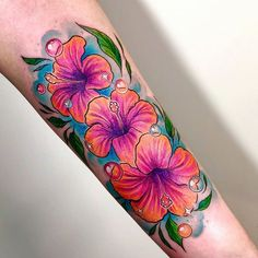 Korean's national flower, the hibiscus Really fun session, thank you! Tropical Flower Tattoos, Hibiscus Tattoo, Flower Thigh Tattoos, Flower Tattoo Foot, Beautiful Flower Tattoos, Flower Tattoo Shoulder, Flower Tattoo Designs, Cute Tattoos, Body Art Tattoos