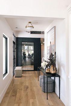 Pastel Home Decor, Diy Home Decor, Hallway Ideas Entrance Narrow, Modern Hallway, Entryway, Hallway Inspiration, Airstream Interior, Hallway Lighting, Photo Lighting