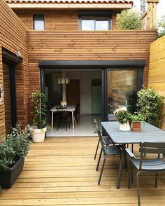 Terrasse et jungle urbaine en cours de décoration ... #terrasse #urbanjungle…