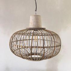 Hanglamp Kwantum Beautiful Design, Lamp, Furniture Cleaner, Ceiling Lights, Bedroom Design, Pendant Light, Light, Bedroom Design Styles, Cosy Living Room
