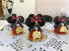 Pastel Mickey, Minnie Birthday, Mini Mouse, First Birthdays, Chocolate, Disney, Princess, Instagram, Floral Baby Shower