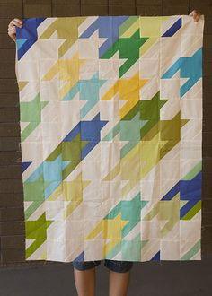 Love houndstooth. What a great idea, to incorporate it into a quilt. Would make a great card too.