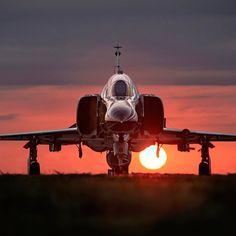 "1,113 Likes, 7 Comments - Philippe Tondeur (@philippetondeur) on Instagram: ""McDonnell Douglas F-4 Phantom II #airbus #usairforce #instagramaviation #boeing #avporn #airforce…"""