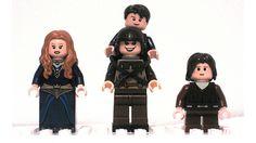 Lego/Game of Thrones - Sansa, Bran, Hodor (Hodor!) e Rickon Stark John Snow, A Dance With Dragons, Mother Of Dragons, Game Of Thrones Sansa, Game Of Thrones Merchandise, Eddard Stark, Lego Games, Lego Minifigs, Baby Dragon