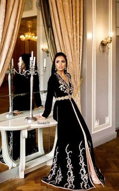 Sale Modern Caftan 2019 In Paris Dubai Montreal . Morrocan Dress, Moroccan Caftan, Abaya Fashion, Fashion Dresses, Muslim Women Fashion, Abaya Designs, Caftan Dress, Hijab Dress, Arabic Dress