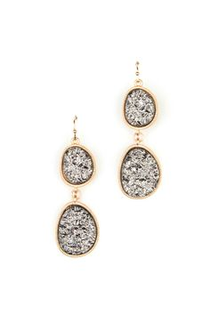 Druzy Dangle Earring http://letote.hardpin.com/tracker/c.php?m=HardPin&u=type359&url=https://letote.com/accessories/738-druzy-dangle-earring?medium=HardPin&source=Pinterest&campaign=type359&ref=hardpin_type359