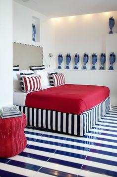 INSPIRATION - maison la minervetta a sorrento #habitatpintowin http://www.pinterest.com/pennymorrison66/bedrooms/