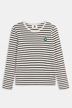 Striped long sleeve in off-white/navy is constructed in organic cotton. Mel has a regular fit, and features a green Double A patch on chest. Shirt Jacket, Sweater Hoodie, T Shirt, Cheap Fashion, Girl Fashion, Womens Fashion, Fashion Dresses, Discount Womens Clothing, Teenager Outfits