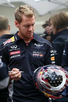 Sebastian Vettel Infiniti Red Bull Racing