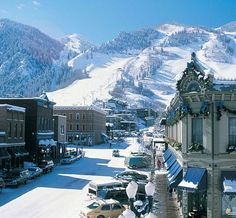 Aspen, Colorado... The ski bug has hit me in full force!!