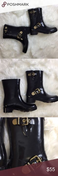 "Vince Camuto Hinch rain boots New VC Hinch rain boots. Super cute and stylish. These crest-embossed double-buckle bootie looks trendy tucked into pants or with above-the-knee dresses. Size 8 1.5"" heel 7.75"" shaft height; 13"" calf circumference Vince Camuto Shoes Winter & Rain Boots"