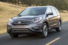 2015 Honda CR V Front Three Quarter View In Motion 11 - Provided by Automobile