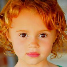Maggie Elizabeth Jones- little girl in We Bought a Zoo.... SOOO precious!