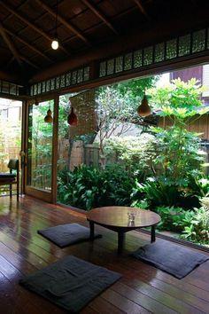 Take a look at Idées décoration japonaise pour un intérieur zen et design Learn more at  http://www.amenagementdesign.com/decoration/idees-decoration-japonaise-interieur-zen-design/