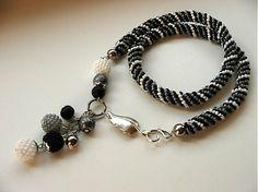 Calinka / čierno-bielo-šedý