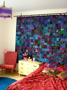 Love idea of hanging colorful quilt behind bed -boho, gypsy, hippie decor Patchwork Curtains, Gypsy Curtains, Bedroom Curtains, Interior And Exterior, Interior Design, Deco Boheme, My New Room, Bohemian Decor, Living Spaces